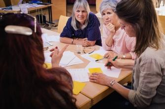 Gruppenarbeit am Infoabend (Foto: Christoph Kalck)